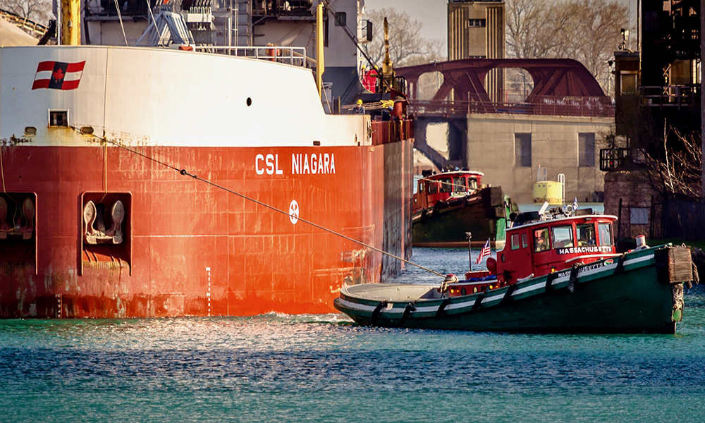 03 - 40550129_tugs_massachusetts_and_florida_-_chicago_-_csl_niagara_2016_cbdouglas-lo-res